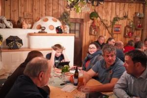 _RG Ortenau-Elsass Stammtsich Aulachhof Spanferkelessen  Bild30_reduziert